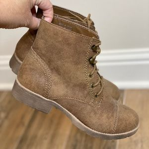 Forever 21 Women's Faux Leather Brown Boots
